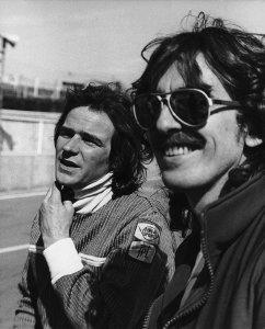25 апреля 1978 Джордж с Барри Шином (Barry Sheene), двукратным чемпионом мира по мотогонкам