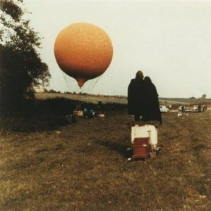Короткометражные фильмы Йоко Оно Apotheosis and Fly были выставлены для просмотра на фестивале.