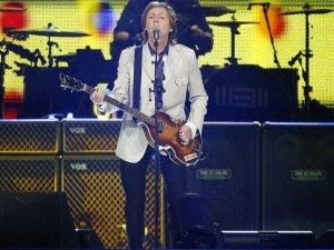 12 августа 2014:  Пол Маккартни выступил в US Airways Center, Феникс, Аризона