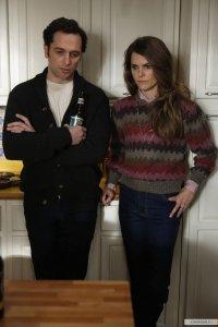 Приятная неожиданность: 5 серия четвертого сезона шпионского сериала The Americans завершается знакомым дуэтом Дэвида и Фредди.
