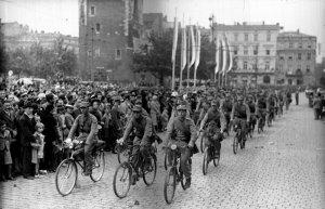 Воевать на велосипедах: секреты польской истории
