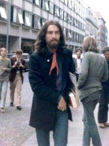 22 августа 1969 До или после финальной фотосессии Битлз. Джордж на Saville Row