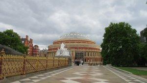 Royal Albert Hall Фото перед концертом Кримсн... Звук в нём офигительный!!!