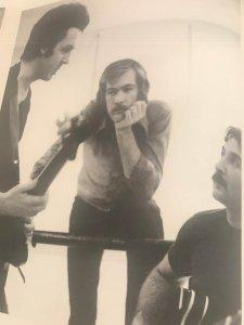 Вместе с Denny Seiwell и Hugh McCracken (справа)