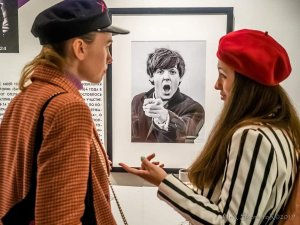 From the opening of Harry Benson's photo exhibition The Beatles and beyond in Moscow. Photo by Alex Skomorokhov.