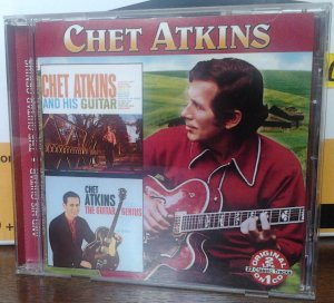 Chet Atkins - Chet Atkins And His Guitar/The Guitar Genius (COL-7306)
