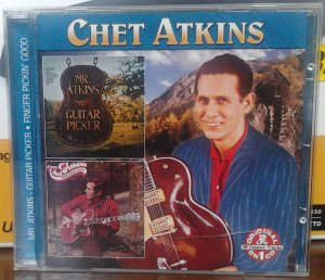 Chet Atkins - Mr. Atkins-Guitar Picker/Finger Pickin' Good (COL-7312)