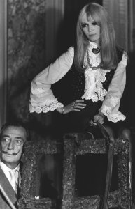 Salvador Dali posed with actress Brigitte Bardot
