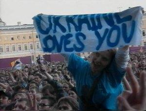 Эхх, Пола в Киеве не хватает... Там всем было-бы не до политики :)