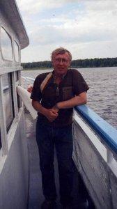 Друзья! К несчастью, худшие опасения подтвердились...несколько часов назад стало известно, что 28 марта ушел из жизни Matador - Олег Прокопов, наш товарищ, битломан, очень хороший человек и друг.