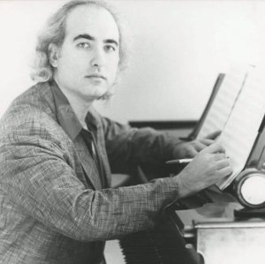 Mike Garson on piano, of course..