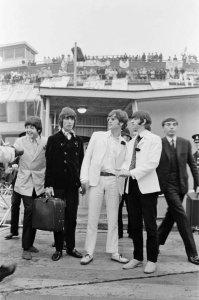 Утро 31 августа 1966 Прилетели из Лос-Анжелеса в Лондон. (качество)