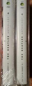 Запечатаны две кассеты вместе...
