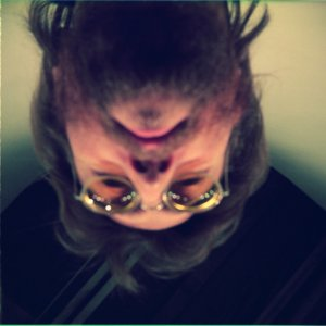 В связи с приближением объявления боксета John Lennon / Plastic Ono Band, Чип Мэдингер напомнил о том, что у нас уже есть на бонусном диске Signature Box(2010).