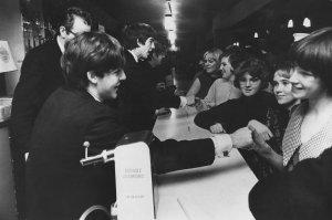 1963.12.14 - London. Wimbledon Palais New