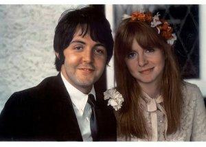 The Beatles: семья, дети,деньги, дома, машины домашние питомцы.