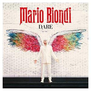 29 января увидел свет новый альбом MARIO BIONDY под названием DARE. Альбом приурочен к 50-летию артиста. Немного об исполнителе: талантливый, яркий, неординарный, Марио Бионди всегда хотел выделиться из толпы. И ему это блестяще удается во всех отношениях. История итальянского певца Марио Бионди, как ни странно, началась в Японии в 1988 году. Тогда Марио ещё не выступал, хоть и мечтал об этом с детства. Он занимался продюсированием соул-артистов и при этом записывал собственные мелодии, что называется – «для души». Однажды, во время тура по Стране Восходящего Солнца Марио всё же решил передать на радио, в одном блоке с записями своих подопечных артистов, собственную песню. Каково же было его удивление, когда уже на следующее утро его дебютный сингл This is What You Are звучал во всём Токио! Так закончилась успешная карьера продюсера Марио Бионди и началась феноменальная карьера певца Марио Бионди. Его творческие успехи и достижения – удивительные результаты продаж всех его альбомов и вдохновляющие дуэты с мировыми звездами. Начиная с дебютного альбома трижды платинового, записанного с симфоническим оркестром Duke Orches-Xmas и Sun с участием Al Jarreau, Leon Ware, Chaka Khan,The Italian Jazz Players. Стиль Бионди – отменный современный фьюжн. Он смог с истинно королевской грацией переплести джаз с фанком, добавить нотки acid джаза, при этом не оставляя в стороне горячо любимый самим певцом соул. Как отмечают критики, именно подача музыкального материала сыграла важнейшую роль в стремительнои карьере Марио Бионди. Обладатель теплого, бархатного оперного баритона, он вышел на сцену и показал, что было бы, если Рэи Чарльз и Барри Уаит стали вдруг... одним человеком!                     Ждем выпуска его новой работы и в России. Помнится предыдущий альбом, напечатанный B&T, разошёлся в ноль. Даже допечатывался.