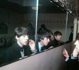 1963.12.01 - Leicester. De Montfort Hall