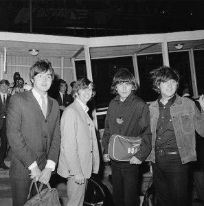2 сентября 1965 г. Вернулись в Лондон
