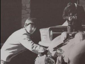 4 мая 1963 Пол, Ринго и Джордж отдыхают на Канарах