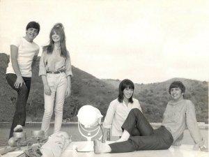 6 мая 1964 Ринго и Мо с Полом и Джейн отдыхают на Виргинских островах