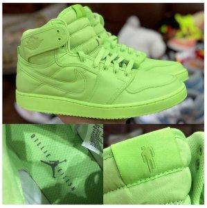 Похоже, что Билли Айлиш решила сотрудничать с компанией Nike и брендом Jordan.
