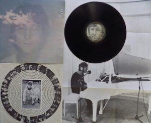 John Lennon - Imagine  https://youtu.be/FoJQAyrUHhA