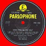 Рассказ был бы неполон без упоминания еще об одном пятаке. Существует коробка The Beatles MONO Collection, где были собраны все альбомы, издававшиеся в моно. У альбомов с 1963 по 1967 были такие пятачки.