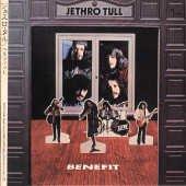 Слушаю японский mini-lp Benefit Jethro Tull (спасибо тебе Карп!) и офигеваю от качества звука! Кто в курсе, звук взят с обычного переиздания или это японский ремастер? По бонусам, оба издания совпадают.