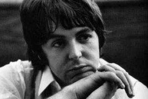 Хороший день. Позитивная музыка Пола не только всегда поднимает настроение, но и продливает жизнь. Желаю и дальше радовать нас творческими успехами. От всей души с любовью, Dear Paul!