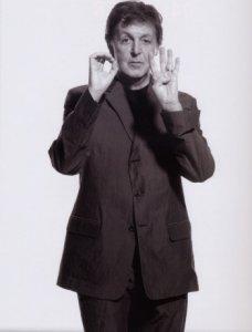 http://homepage.mac.com/paul_mccartney/2004_tour/2004_2.htm#anchor1219457