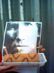 Вот пара фоток с Д.Р. Это именинник и тортик.