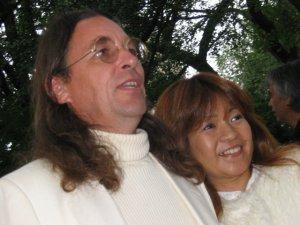 John and Yoko look like/