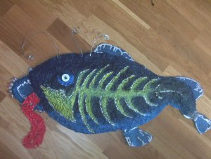 Любимая работа. Морской чёрт 2002 г. Соль, картон, акриловая краска.