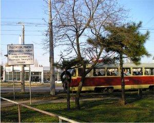 По городу рыщут трамваи-убийцы...