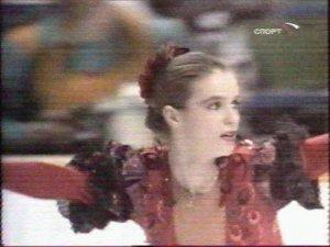 А это олимпийская чемпионка Калгари - 88 Катарина Витт. В последующем - модель Плей боя и второсортная голливудская актриса, сыгравшая в одном из боевиков русскую фигуристку - любовницу мафиози, которую снайпер завалил прямо на льду во время выступления.