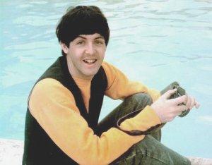 С днём рождения Пол!!!!