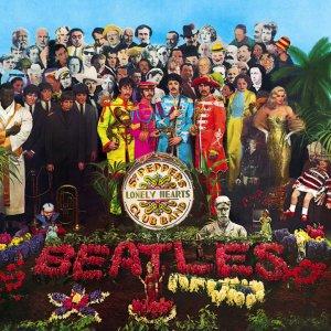 В правом углу обложки альбома вы можете видеть куклу с машинкой в руке. На майке куклы написано: Добро пожаловать, Ролинг Стоунз. Дело в том,что, по легенде, Пол разбился, спеша рано утром на машине к кому-то из Ролинг Стоунз.