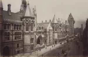 Так он выглядел в 1890 году.