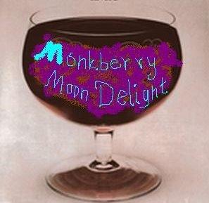 А лично я пью за Ваше здоровье свой неизменный МанкберриМунДилайт!!!