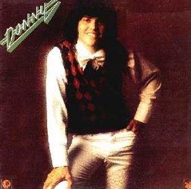 Отличный диск 1974 г. Песня I'm Dyin' записана в Юте Осмондами. Звук отличается от остального на альбоме.