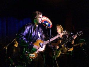 Спасибо за каждую из 55 песен, спетых на концерте. Был рад услышать песни с Live At BBC! С днём рождения! (2 AlexIV: отдельное спасибо за Some Other Guy!!!)