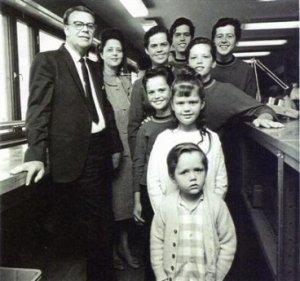 Умер отец своих поющих детей Джордж Осмонд. Ему было 90.