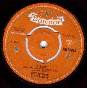 Певый английский сингл Битлз: My Bonnie / The Saints, Polydor NH 66833, первый пресс, январь 1962 года.