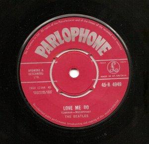 Продолжаем тему: Love Me Do / P.S. I Love You, 45-R 4949, первый пресс, матрица 7XCE 17144-1N, код ZT.