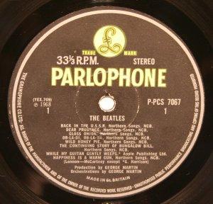 Британский экспорт: The Beatles, P-PCS 7067/8, Parlophone, первый пресс, матрицы: YEX 709-1 / YEX 710-1 / YEX 711-1 / YEX 712-1. Конверт top opening. Фото конверта не публикую, нет смысла. Рекорд 1: