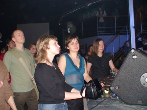 №507. 23-45-40. Николь, some girl & Catherine Bellamy :)
