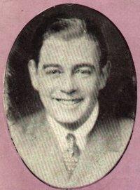 Первый исполнитель - Morton Downey (1929)  http://www.youtube.com/watch?v=wLjlf1XE2vQ