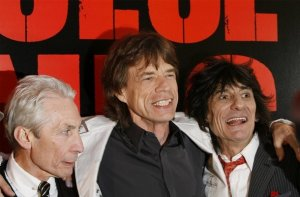 Mick Jagger (C), Ronnie Woods (R), and Charlie Watts (L) arrive at the premiere of the documentary film Shine A Light directed by Martin Scorsese in New York, March 30, 2008.