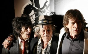 Keith Richards (C), Mick Jagger (R), and Ronnie Wood arrive at the premiere of the documentary film Shine A Light directed by Martin Scorsese about the Rolling Stones in New York March 30, 2008.